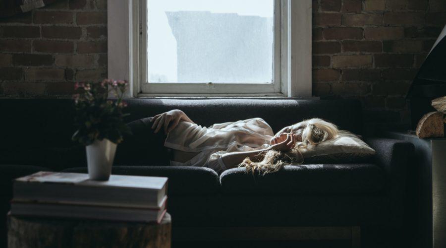 Autohypnose : Comment ça fonctionne ? Quels avantages en période de confinement ?