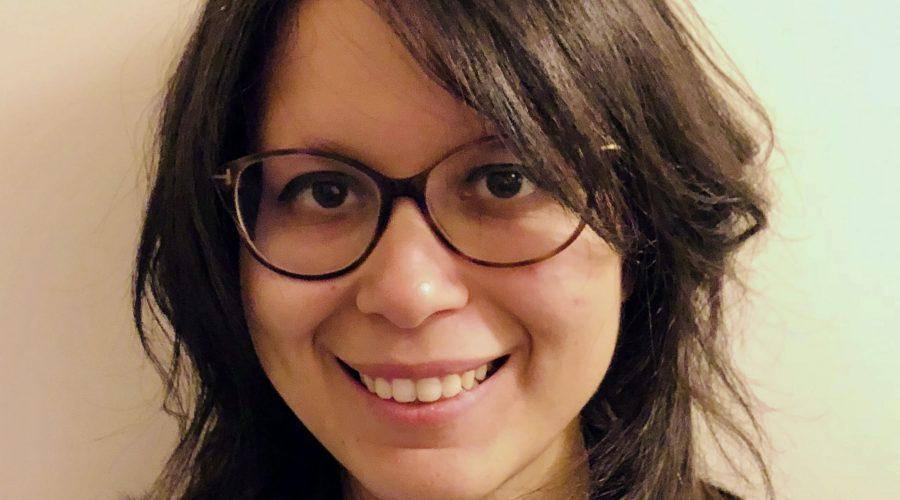 """Samia Abbouz """" J'apprécie voir les personnes changer, évoluer et avoir une meilleure image d'elle-même."""""""